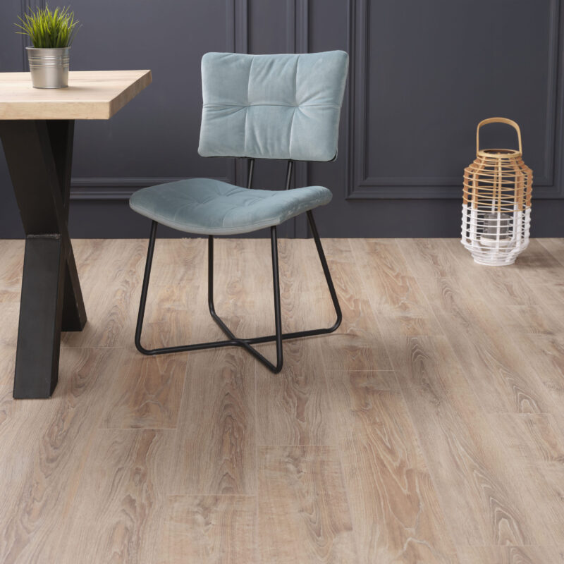 Kronotex Exquisit Whitewashed Oak